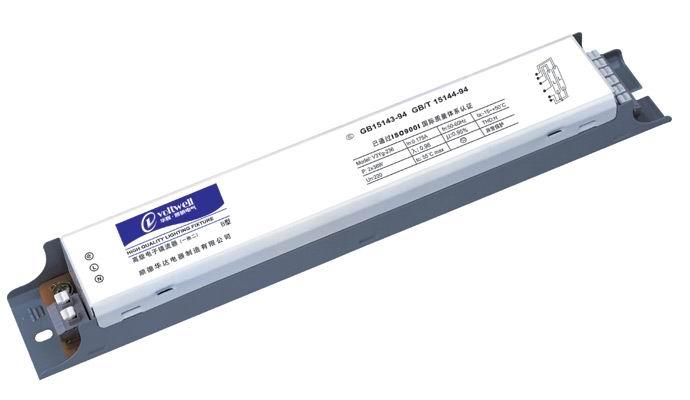 产品特点: 1、流明系数95%,启动快,无噪音、无频闪。 2、功率因数0.95,对电器及其它用电设备无干扰。 3、采用德国进口插入式接线柱,插线方便、牢固。 4、金属外壳,美观耐用。 5、谐波含量H级,灯电流波峰比< 1.7。 6、比普通镇流器节能30%以上。
